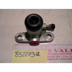Cylindre récepteur de frein Droit G1,G2 ZETOR